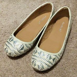 Shoedazzle flats